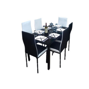 SALLE A MANGER 6 PLACES + TABLE EN VERRE NOIR(COULEUR NOIR ET BLANC )